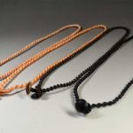 蝋引き紐・ねじり結びのネックレス